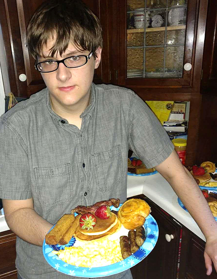 T29 teen with meals